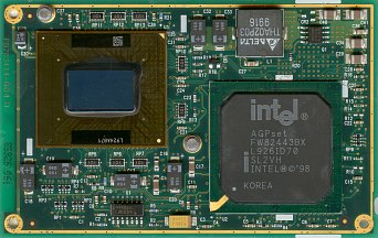 Intel Pentium II Mobile module 300 MHz (front side)