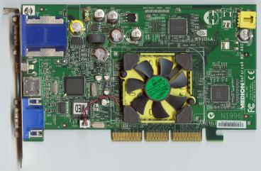 Medion GeForce4 MX460 (front side)